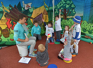 mind zone approach 300 - Mini Minds Tennis - Education and Fun Tennis Classes for Children in Weybridge, Esher & Cobham